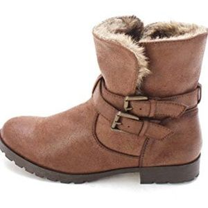Brown faux fur lined ankle boots